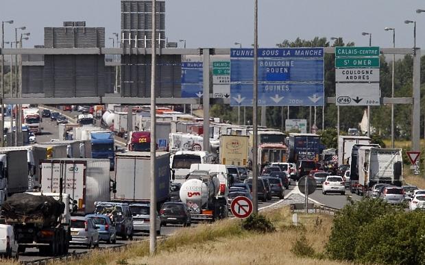 Zakorkowane przeprawy przez Eurotunel