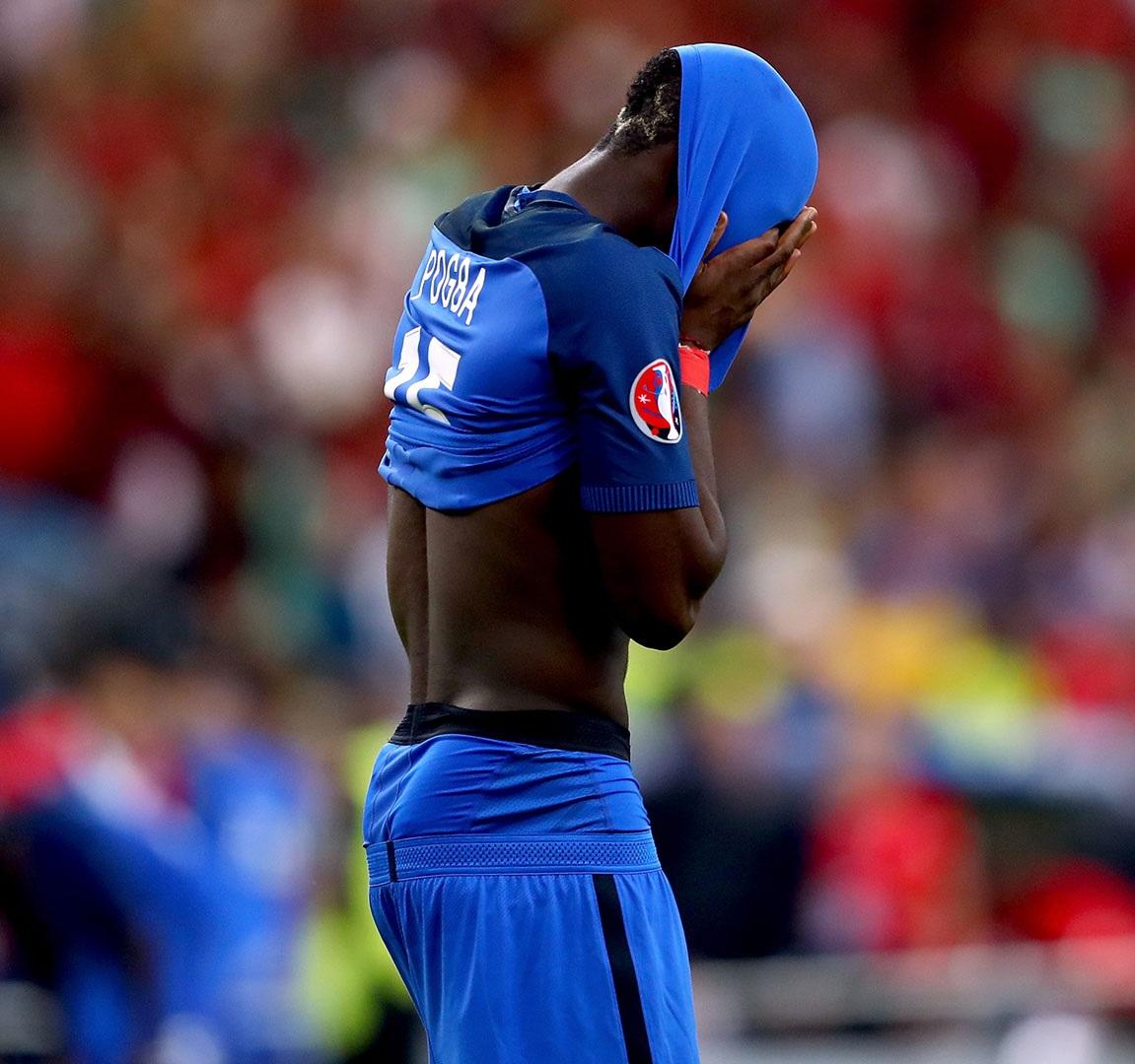 """Le Figaro: """"Roztrzaskane niebieskie marzenie w finale EURO"""""""