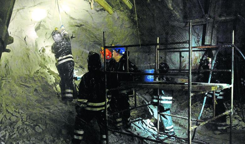 Ural: Robotnicy uwięzieni w kopalni. Rosyjskie służby nie dają im szans na przeżycie