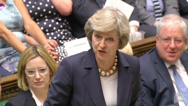 Opozycja: Theresa May stworzyła na Wyspach kryzys konstytucyjny