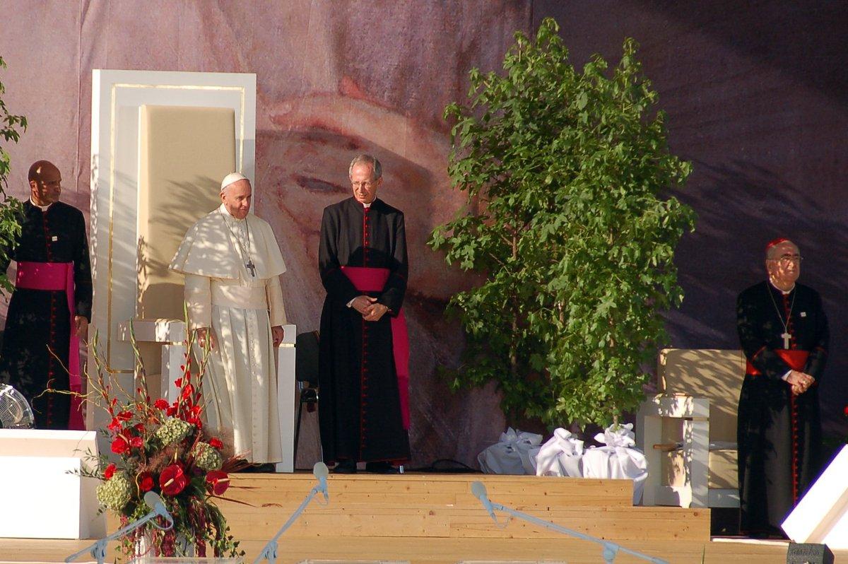Droga Krzyżowa z udziałem papieża Franciszka