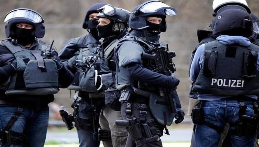 Konsekwencje zamachów: Niemcy stawiają barykady ochronne w miastach!