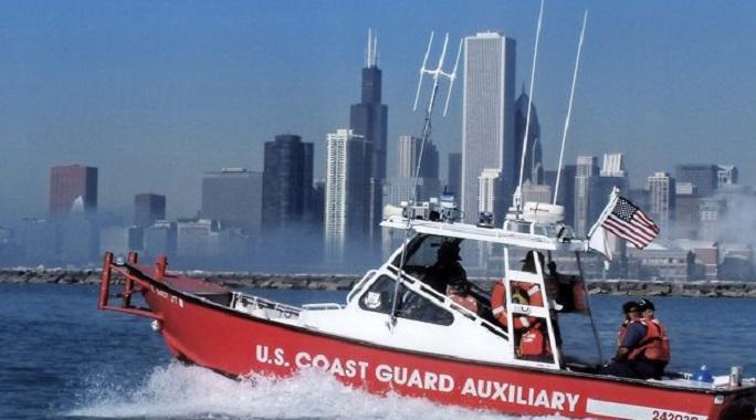 Straż przybrzeżna uratował 6 osób z dziurawego jachtu