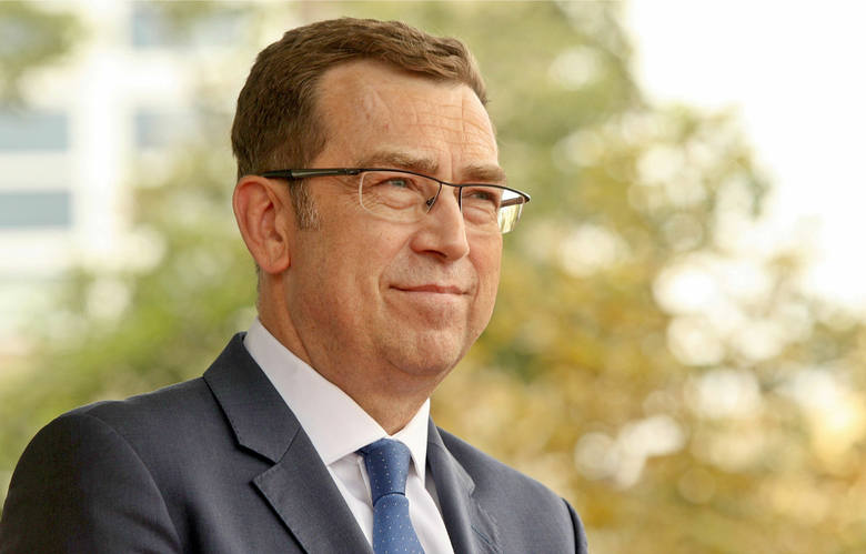 """""""Teleexpress"""" bez twarzy. Po 25 latach Maciej Orłoś odchodzi z TVP"""