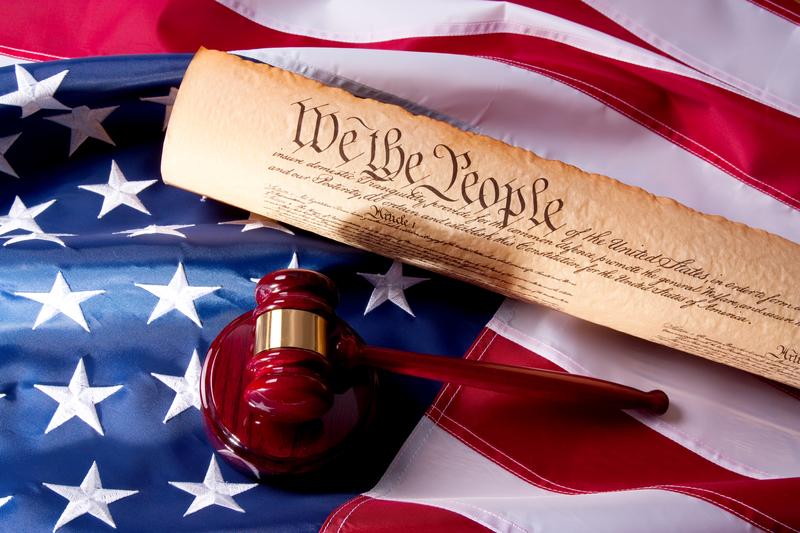 Zakaz fotografowania karty wyborczej niezgodny z konstytucją