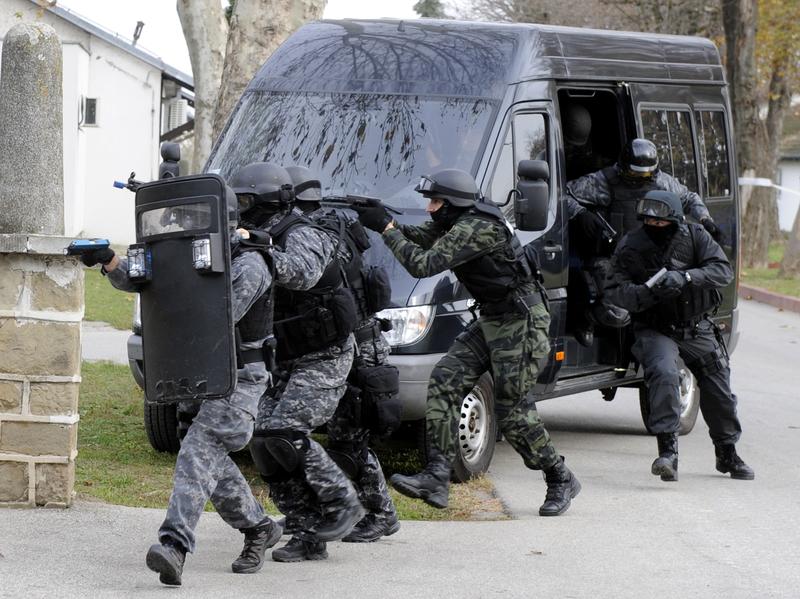 Oblężenie domu w Matteson, zatrzymano 4 mężczyzn