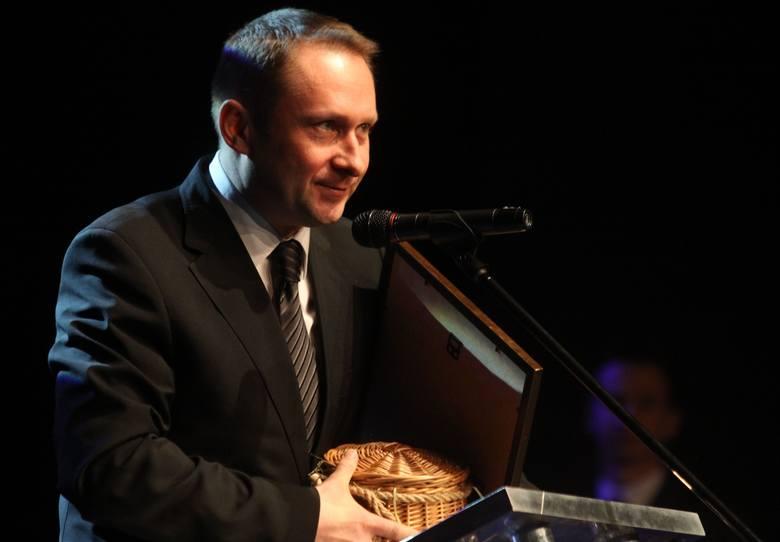 Dziennikarz Kamil Durczok decyzją sądu na wolności