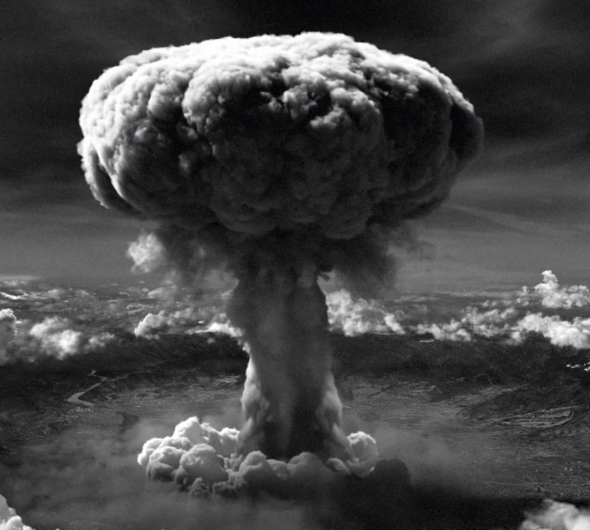 W Hiroszimie uczczono pamięć ofiar wybuchu bomby jądrowej