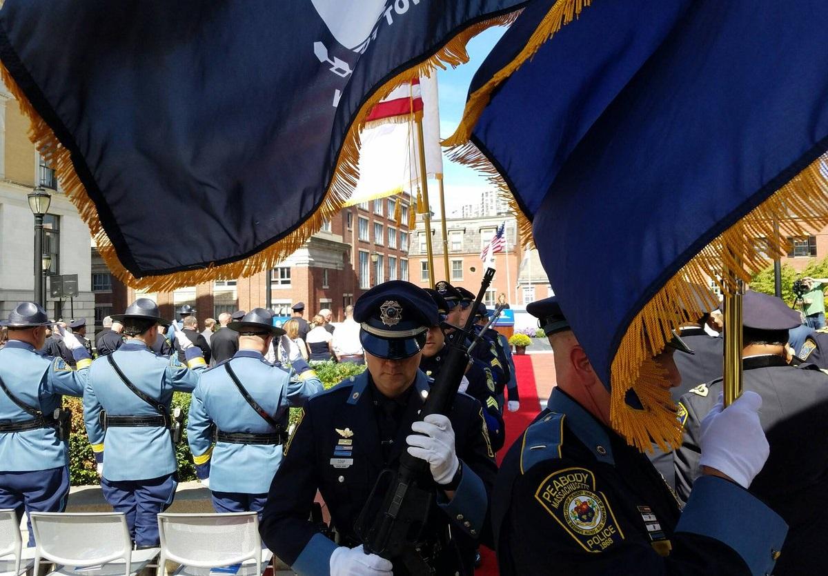 W Bostonie oddano hołd policjantom poległym na służbie