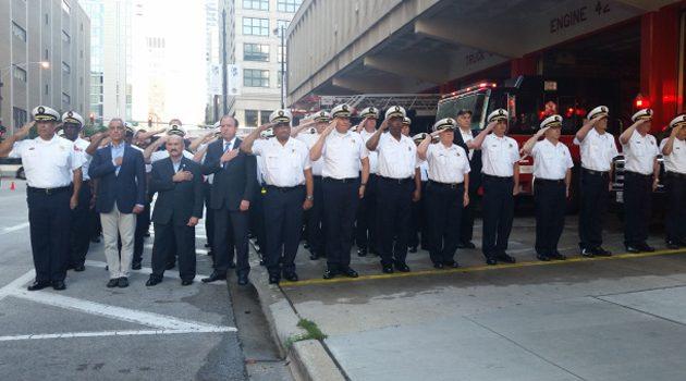 Chicagowscy policjanci i strażacy oddali hołd ofiarom ataków z 11 września