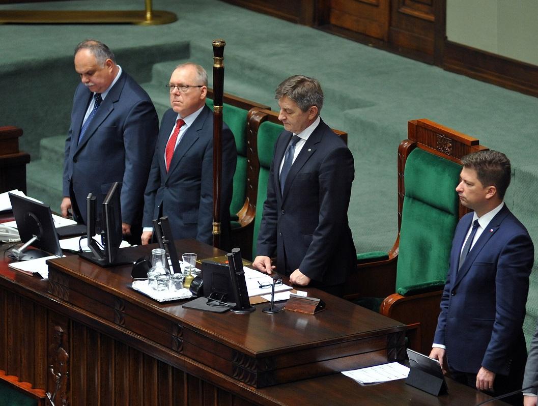 Dlaczego PiS podjęło decyzję o dymisji marszałka Sejmu Marka Kuchcińskiego?