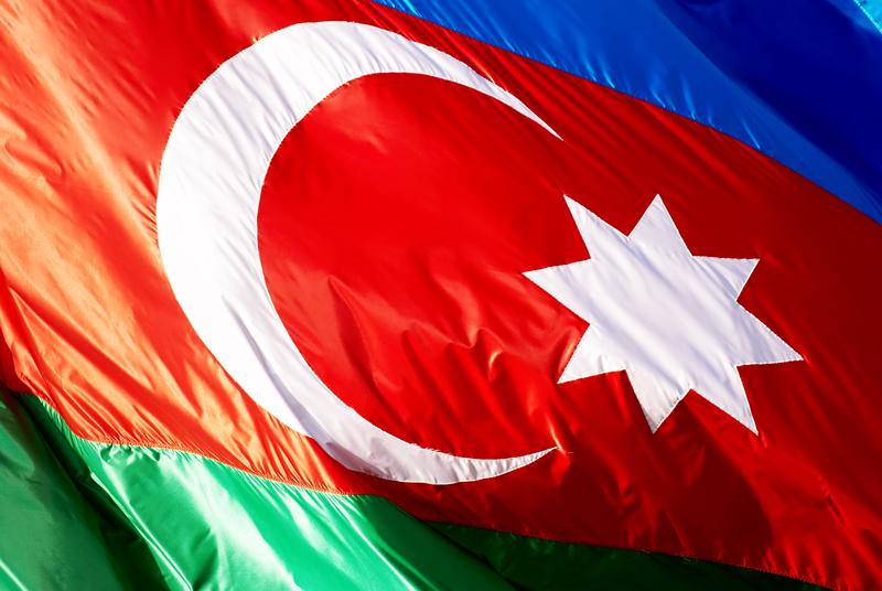 Obywatele Azerbejdżanu poparli zmiany w konstytucji