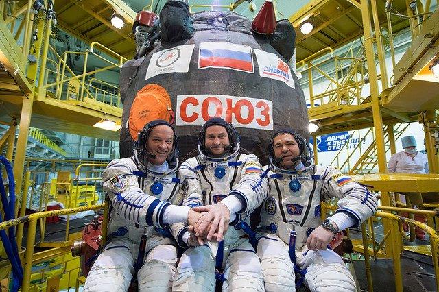 Roskosmos: Amerykańscy astronauci mogli uszkodzić Sojuza