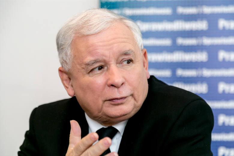 Kaczyński: Skandaliczne transparenty podczas Marszu Niepodległości mogły być prowokacją