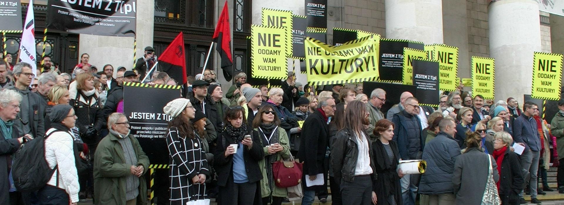 Protest artystów przeciwko upolitycznianiu kultury