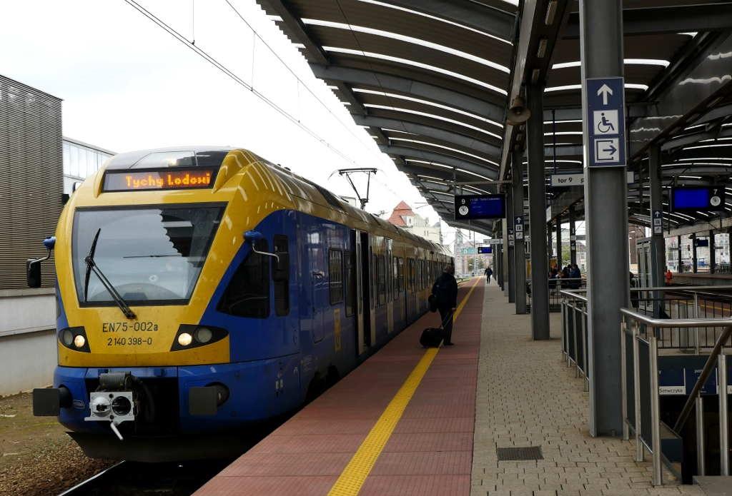 Pasażerowie wracają na kolej. Milion pasażerów więcej
