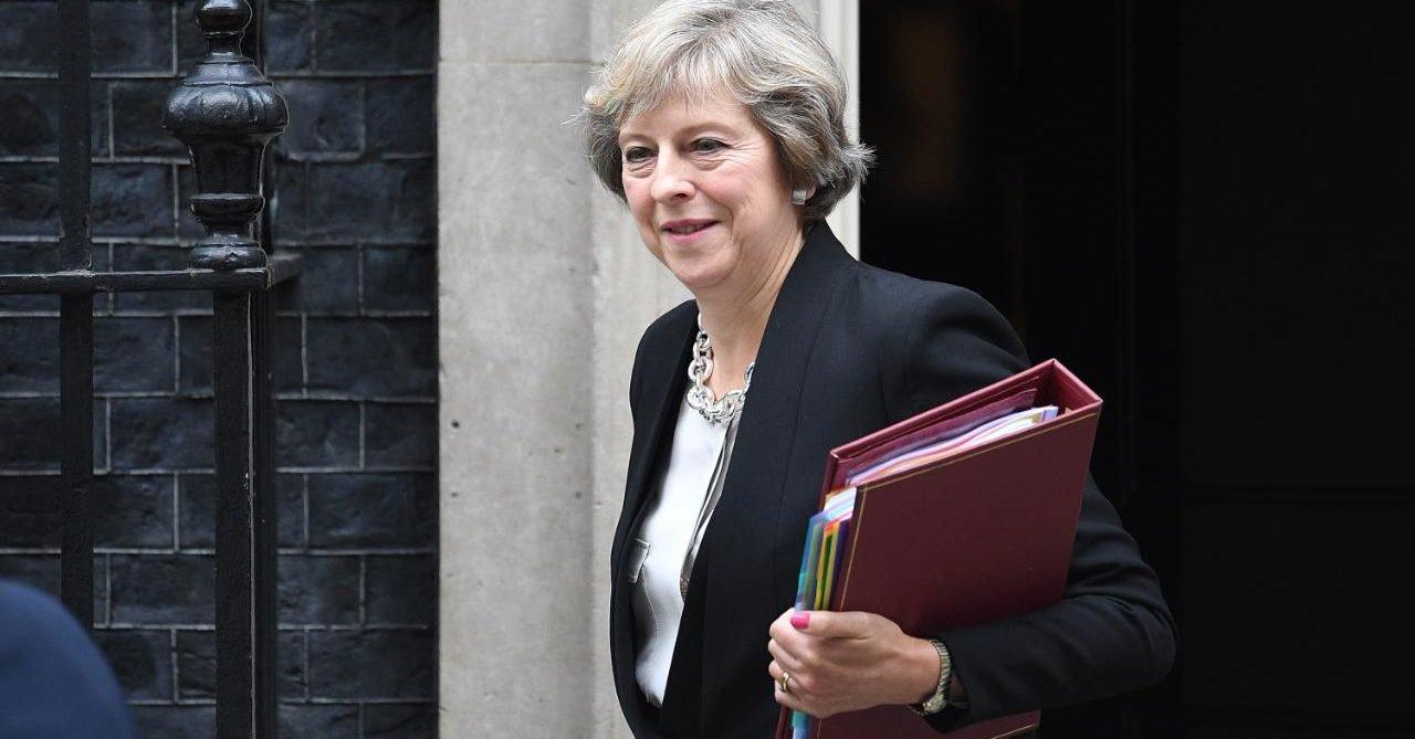 Rzecznik Trybunału UE: Można jednostronnie wycofać wniosek o wyjściu z Unii Europejskiej. Co zrobi Teresa May?