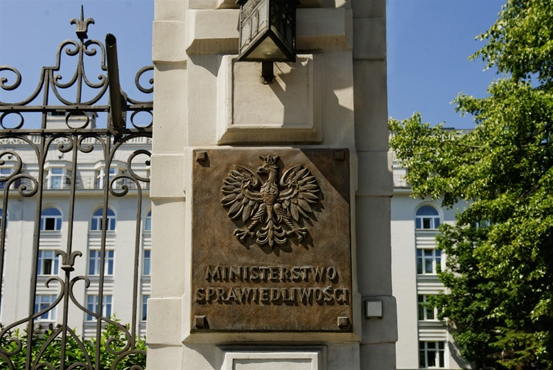 Sprawa dyskredytowania sędziów: Posłowie PO rozpoczęli kontrolę poselską w ministerstwie sprawiedliwości