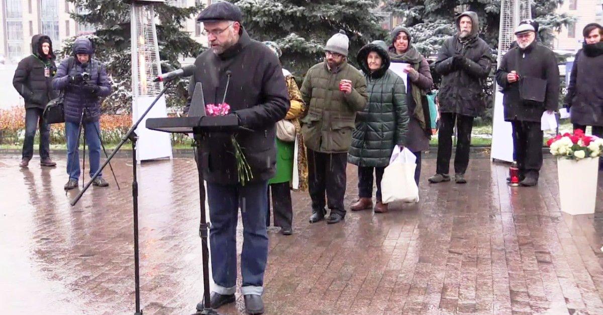 """""""Przywracanie imion"""" na moskiewskiej Łubiance – hołd ofiarom stalinowskiego terroru"""