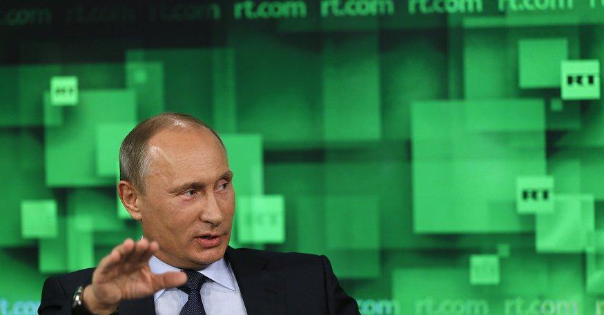 Watykan: Papież Franciszek przyjmie w lipcu Putina