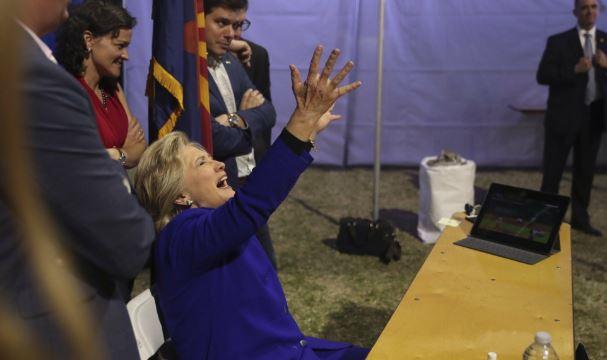 H.Clinton wygrywa w Nowym Jorku, a D.Trump w siedmiu stanach