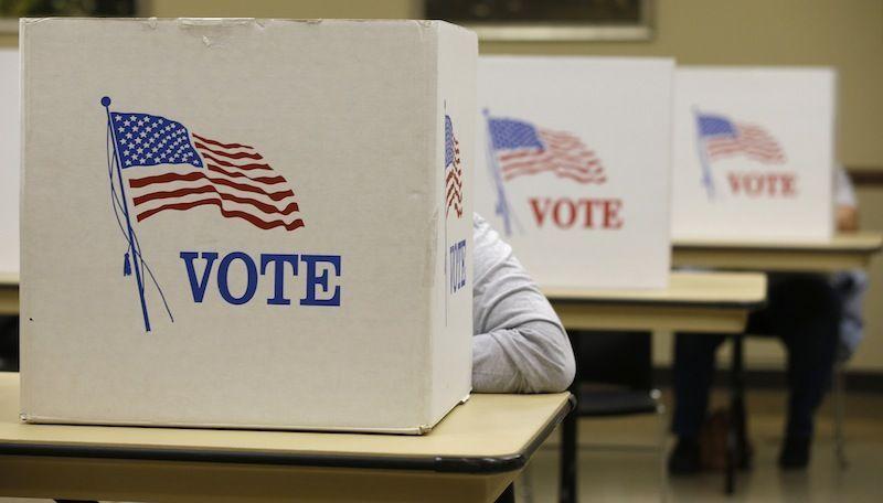 Bardzo wyrównane wybory na Florydzie. Trzeba będzie ponownie przeliczyć głosy?