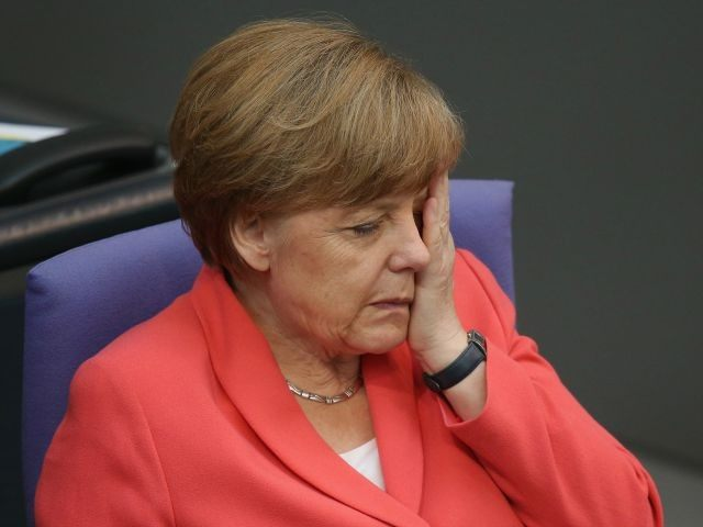 Niemcy: Pierwsza kłótnia w wielkiej koalicji rządowej. Poszło o uchodźców
