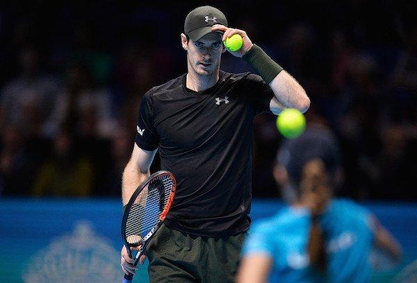 Wawrinka mocny tylko w gębie, Murray wygrał trzeci mecz