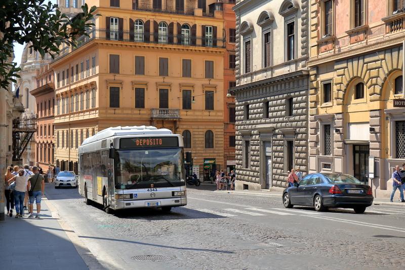 Rzym: Najwyższa w Unii kara za jazdę bez biletu