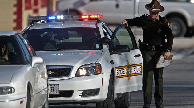 Policja stanowa Illinois w 2017 roku wypisała blisko 105 tysięcy mandatów