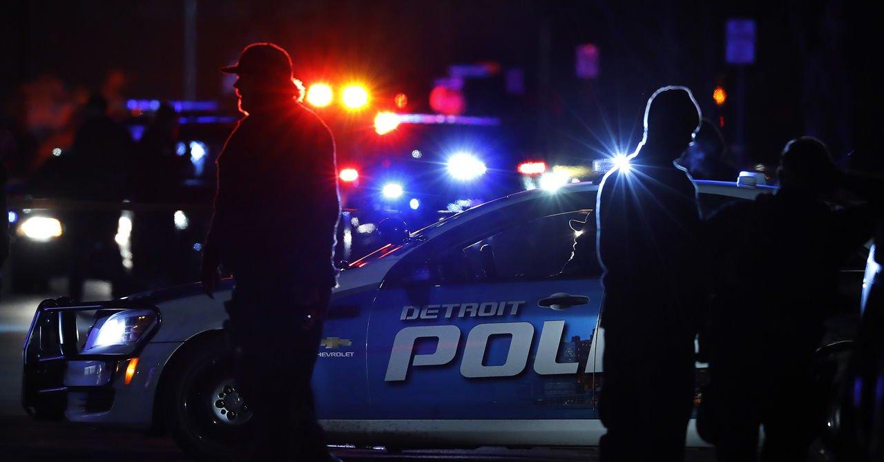 Pomyłka policji w Detroit. Weszła do nie tego domu