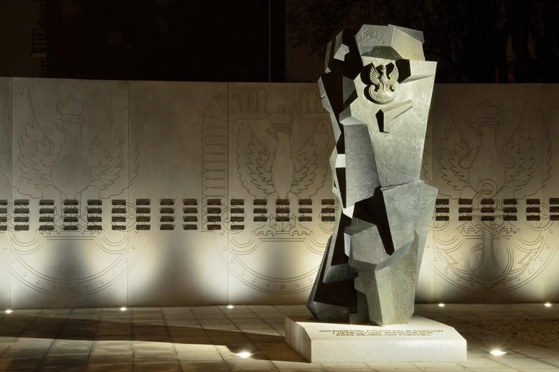 W Warszawie uczczono pamięć żołnierzy, którzy oddali swoje życie na misjach zagranicznych