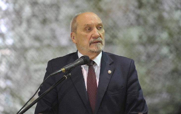 Lewica nie chce Macierewicza jako marszałka seniora – zarzuca mu kłamstwo