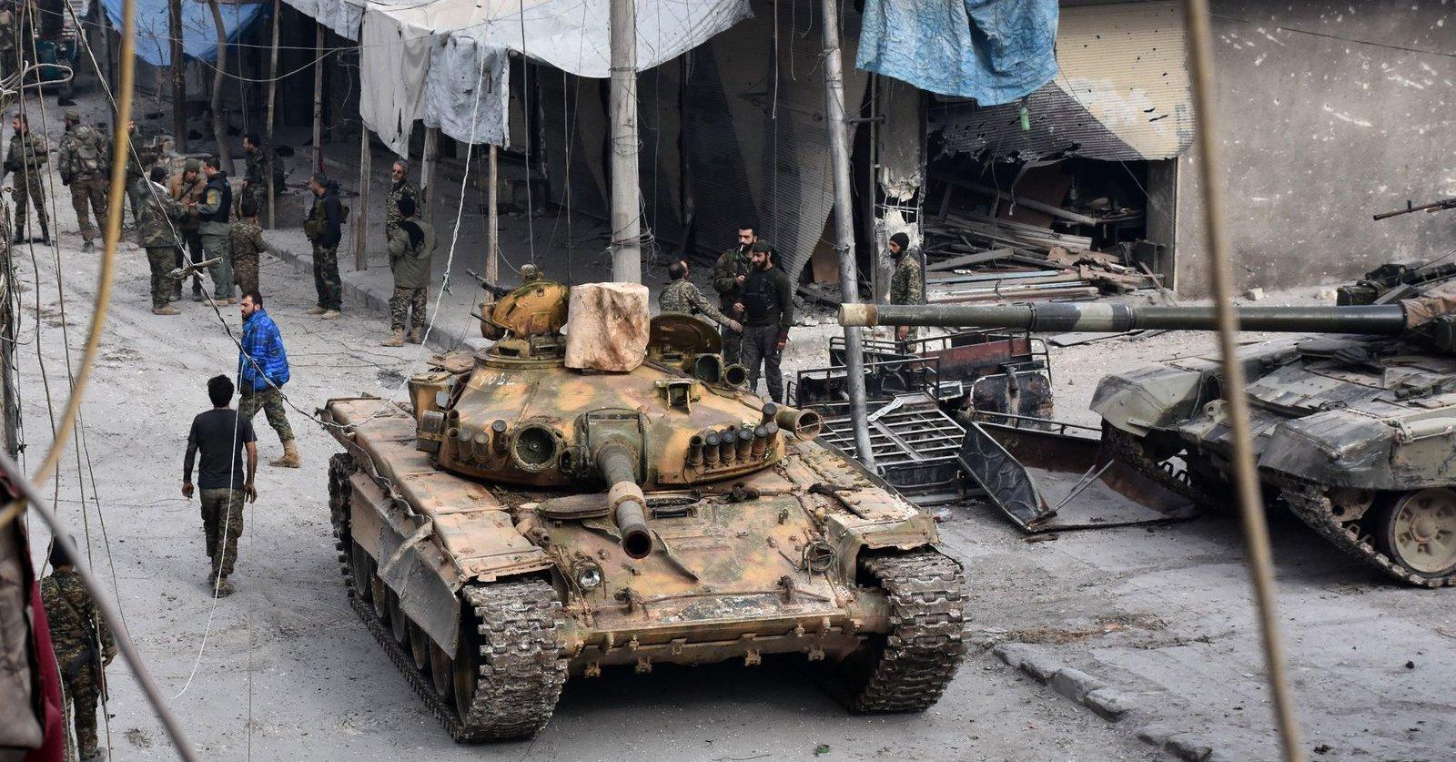 Masakra w Aleppo – żołnierze dyktatora chodzą od drzwi do drzwi i mordują cywilów