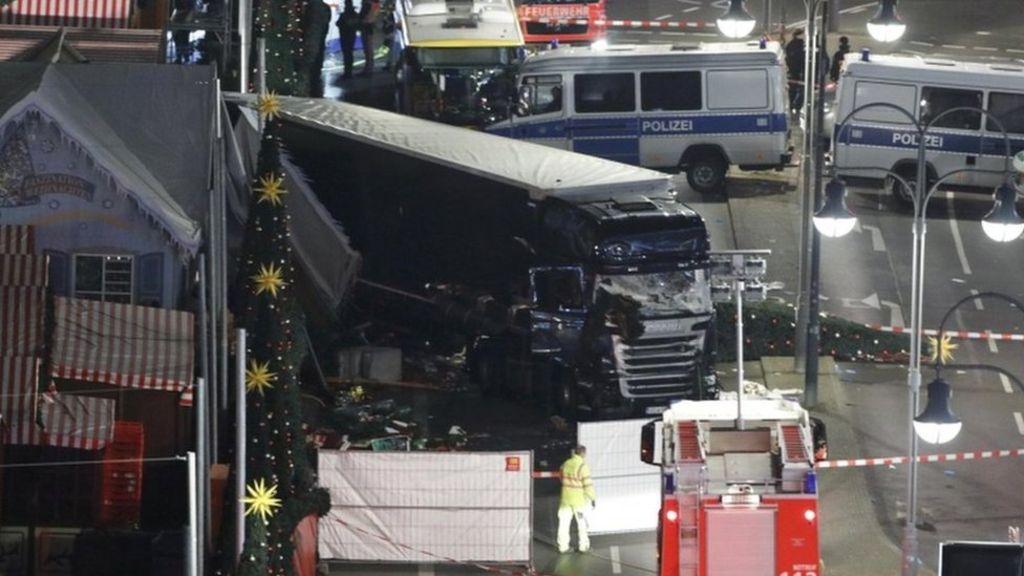 Ciało Łukasza Urbana, kierowcy zamordowanego w Berlinie, już w kraju
