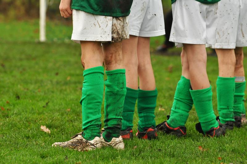 Angielska federacja piłkarska ostrzega przed pedofilią w klubach piłkarskich