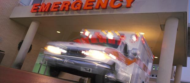 Trzylatek wypadł przez okno z drugiego piętra w Portage Park