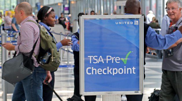 Na lotniskach pojawi się więcej agentów TSA