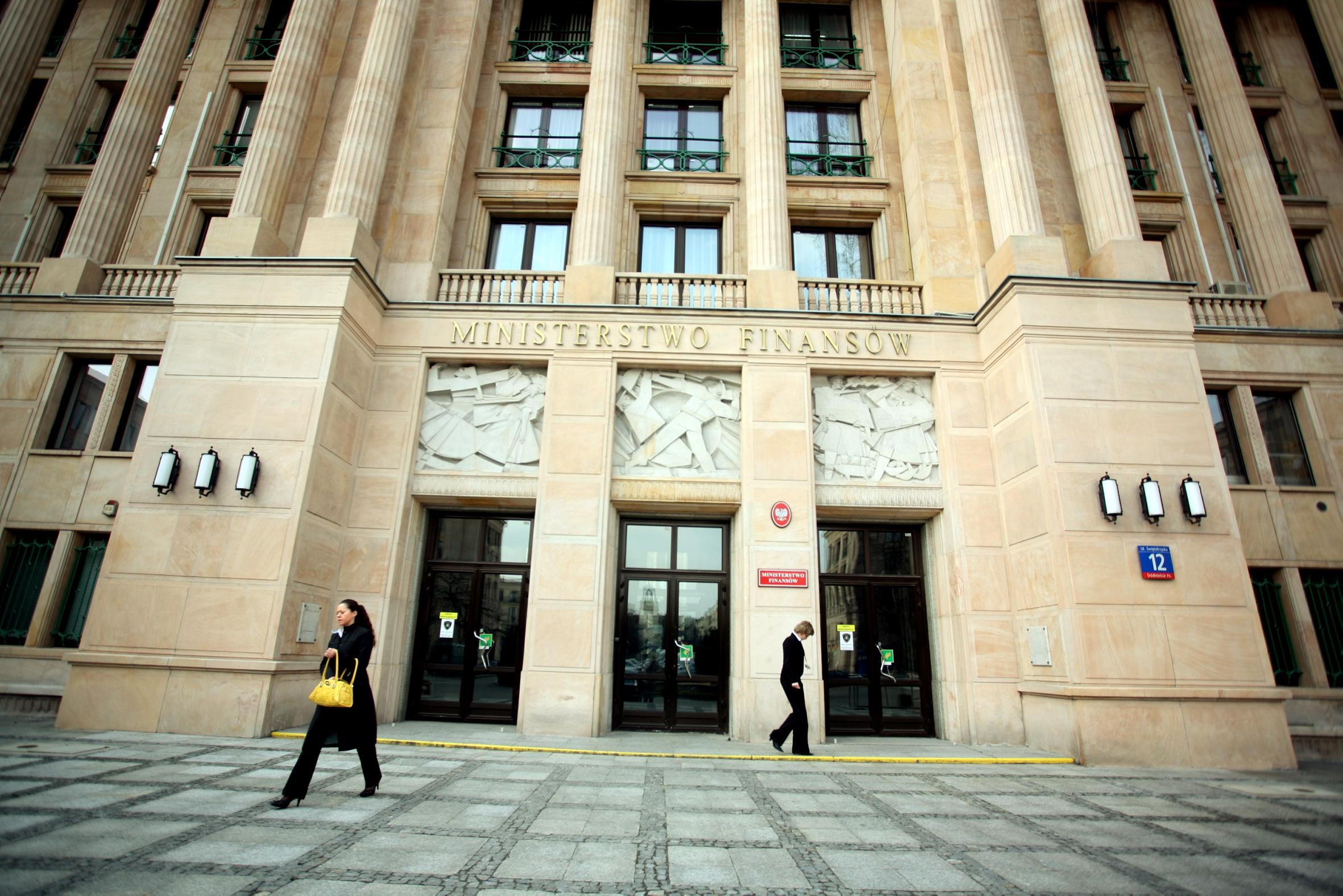 B. wiceminister finansów za rządów PO-PSL usłyszał zarzuty. Straty Skarbu Państwa – bagatela 3 miliardy złotych!