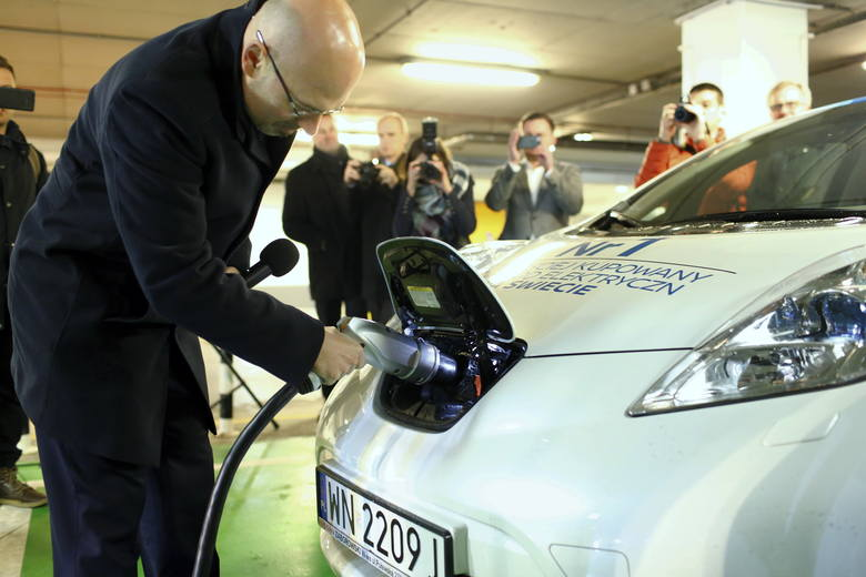 Tauron i KGHM będą współpracować na rzecz rozwoju elektromobilności