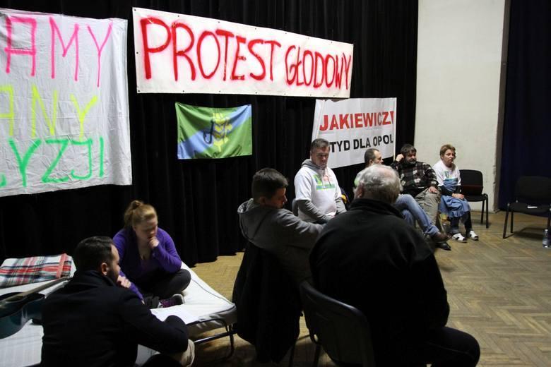 Mateusz Kijowski wspiera protestujących przeciw powiększaniu Opola
