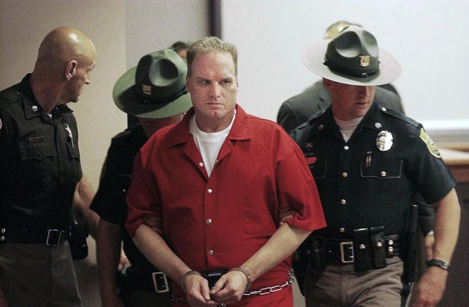 Seryjny morderca skazany na śmierć i dożywocie