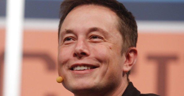 Elon Musk zaprezentował tunel pod Los Angeles. Odbyły się przejazdy testowe