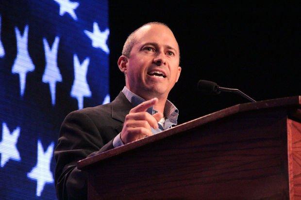 Kandydat na gubernatora Massachusetts chce ograniczenia zewnętrznych wpływów podczas kampanii