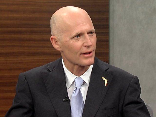 Gubernator Florydy odwołał aresztowaną burmistrz