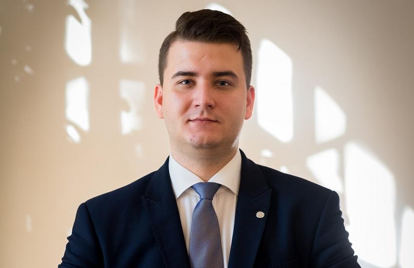 Sąd Apelacyjny w Warszawie: Bartłomiej Misiewicz zostanie na wolności