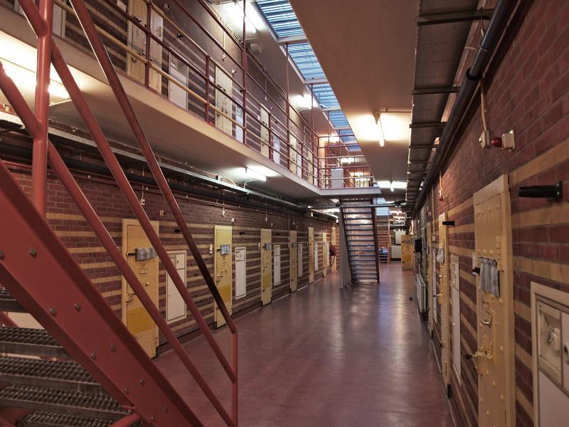 Robaki w żywności w więzieniu w Michigan
