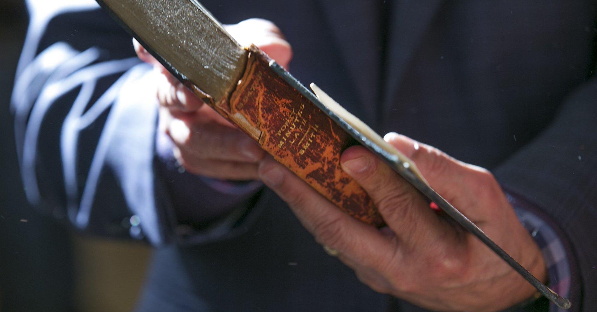 Książka oddana do biblioteki po 100 latach