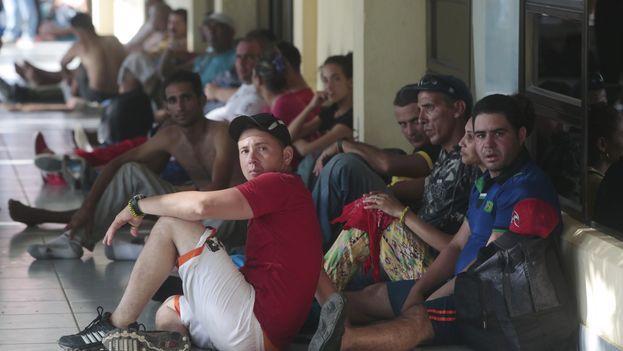 Rząd włoski wypowiada wojnę imigrantom