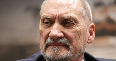 Macierewicz: Polska nie jest osamotniona wobec rosyjskich ataków